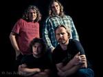<strong>Hardrockband</strong> te gast in de studio