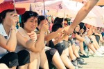 chineese vrouwen op het smoorhete plein