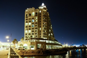 hotel Eilat by night