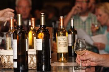 wijnflessen proeverij